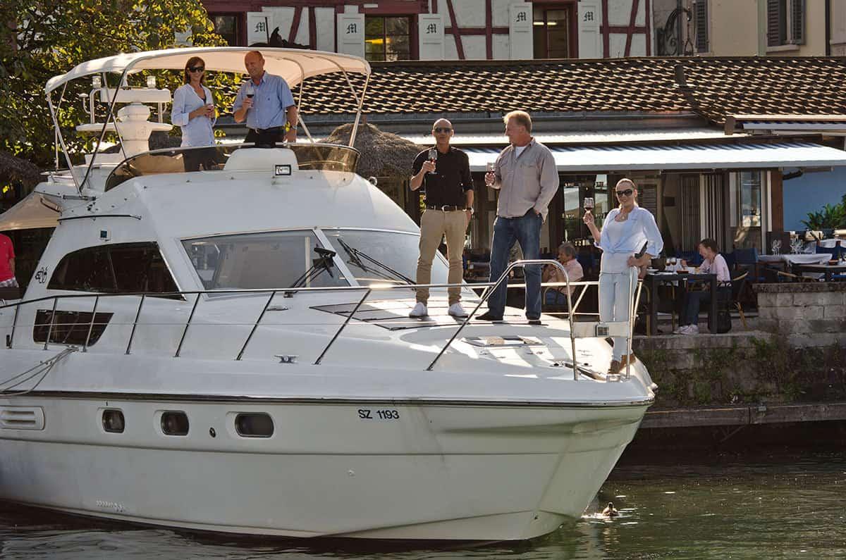 Partyyacht und Motoryacht Firmenevent Schweiz